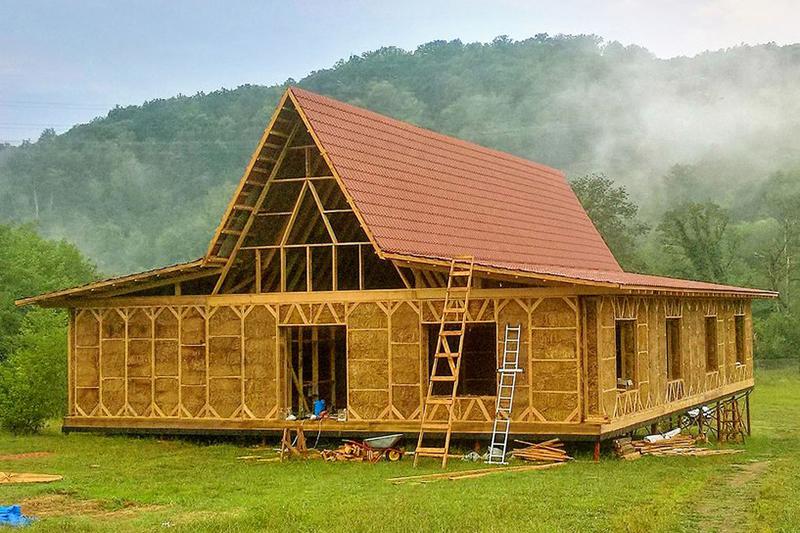 Каркасная гостиница из прессованной соломы (немецкая технология). Год постройки: 2016